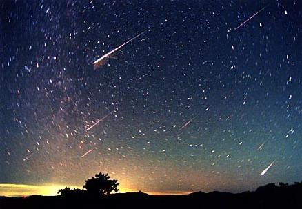 オリオン座流星群2016年のピークは?天気が悪いならYou Tubeの生LIVEを見よう